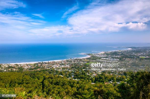 scenic view of sea against sky - wollongong stock pictures, royalty-free photos & images