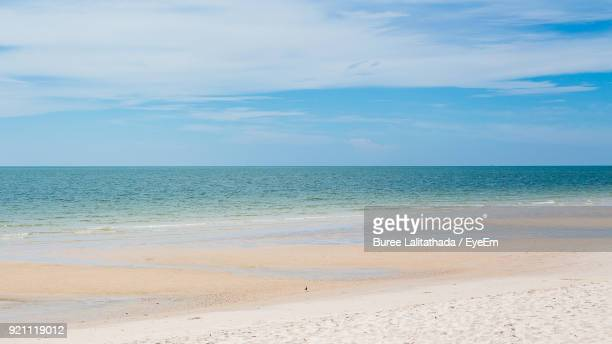 scenic view of sea against sky - hua hin thailand stock pictures, royalty-free photos & images