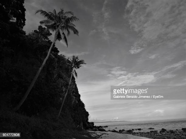 scenic view of sea against sky - negros oriental stock pictures, royalty-free photos & images