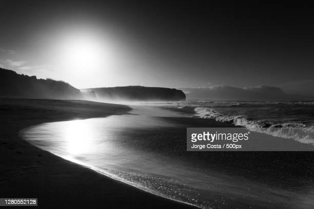 scenic view of sea against sky,ribeira grande,portugal - pessoas stockfoto's en -beelden
