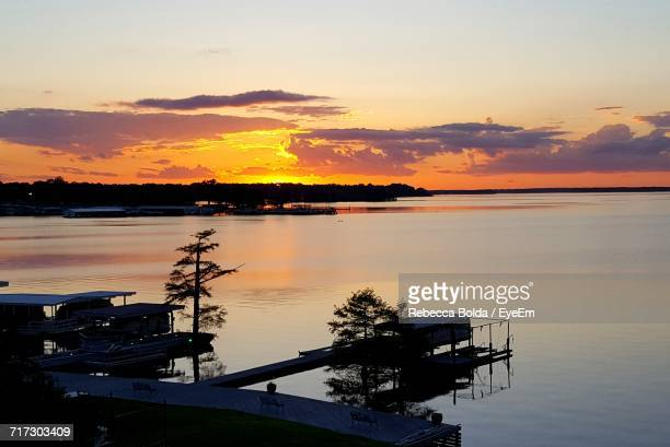 scenic view of sea at sunset - shreveport stock pictures, royalty-free photos & images