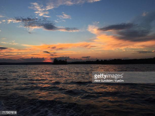 scenic view of sea at sunset - st. albans stock pictures, royalty-free photos & images