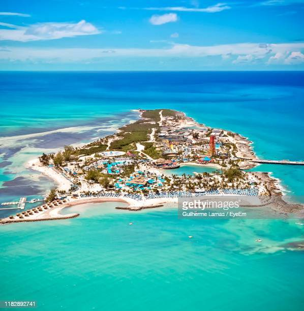 scenic view of sea - nassau stock pictures, royalty-free photos & images