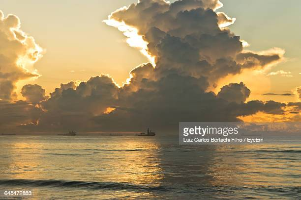scenic view of seascape against sky - filho stock pictures, royalty-free photos & images