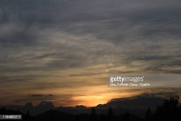 scenic view of silhouette mountains against sky during sunset - chanthaburi stock pictures, royalty-free photos & images