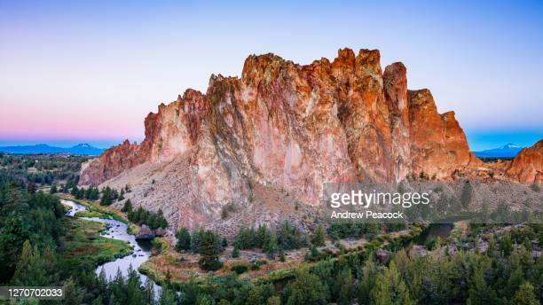 scenic view of smith rocks state park and crooked river in oregon, usa - smith rock state park stock pictures, royalty-free photos & images