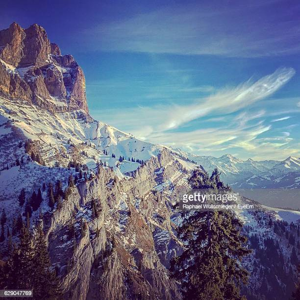 scenic view of snow covered mountains at chamonix - haute savoie fotografías e imágenes de stock