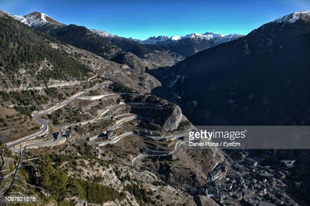scenic view of snowcapped mountains against clear blue sky - andorra fotografías e imágenes de stock