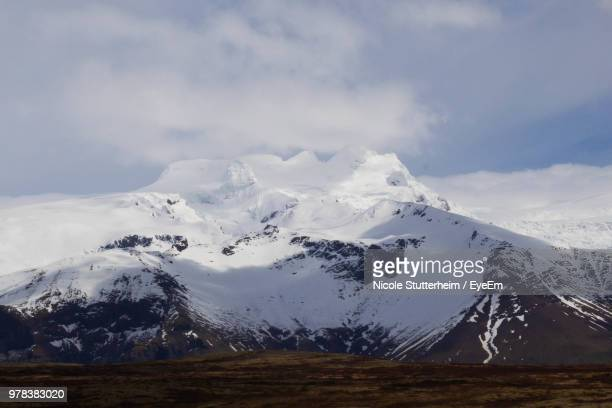 scenic view of snowcapped mountains against sky - stutterheim stock pictures, royalty-free photos & images