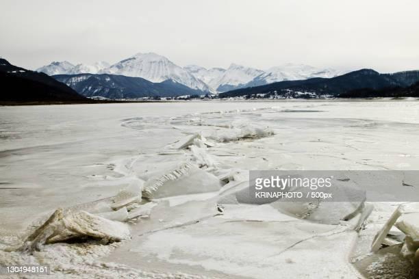 scenic view of snowcapped mountains against sky,italia,italy - italia stockfoto's en -beelden