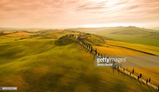 Schilderachtig uitzicht op het prachtige landschap in Toscane