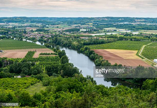 scenic view of the lot river valley in france - aveyron stock pictures, royalty-free photos & images