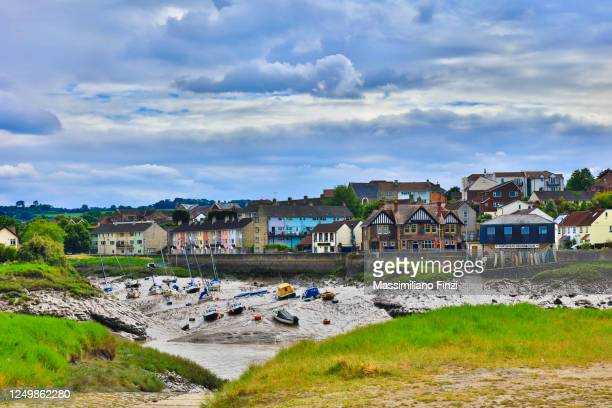 scenic view of the mooring area in the avon river in front of the town pill in somerset. uk - avonmouth stock pictures, royalty-free photos & images