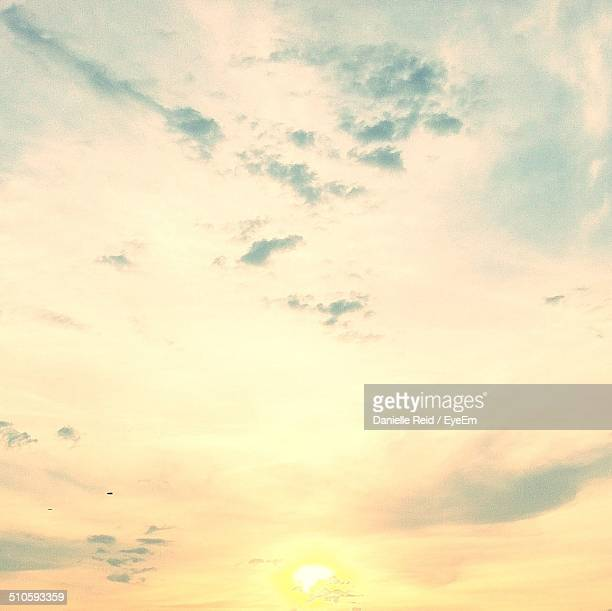 scenic view of the sky - reid,_wisconsin stock pictures, royalty-free photos & images