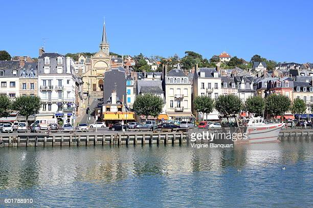scenic view of trouville-sur-mer from deauville - trouville sur mer stock pictures, royalty-free photos & images
