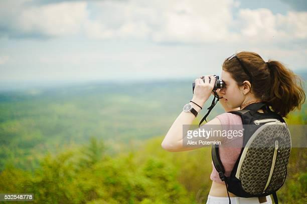 vista panorâmica de montanhas ótimo esfumaçado de cherohala skyway, tennessee - parque nacional das great smoky mountains - fotografias e filmes do acervo