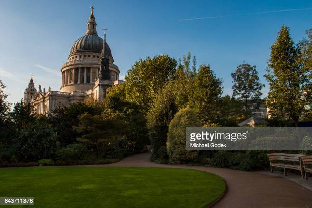 Scenic wide angle of St. Paul's Cathedral in London