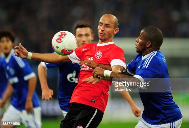 5 Spieltag Saison 2012/2013 FUSSBALL 1 BUNDESLIGA SAISON FC Schalke 04 FSV Mainz 05 Elkin Soto gegen Jefferson Farfan
