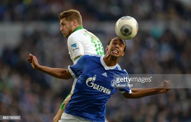 FUSSBALL 1 BUNDESLIGA SAISON FC Schalke 04 SV Werder Bremen Joel Matip gegen Aaron Hunt