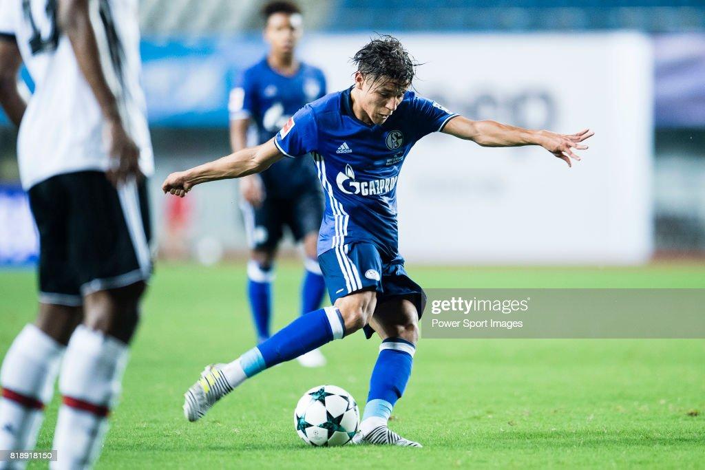 FC Schalke 04 Vs Besiktas Istanbul : News Photo