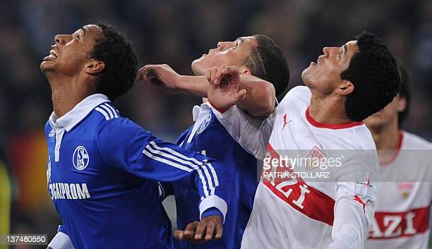 Schalke's Greek defender Kyriakos Papadopoulos Schalke's midfielder from Cameroon Joel Matip and Stuttgart's Mexican defender Maza vie for the ball...