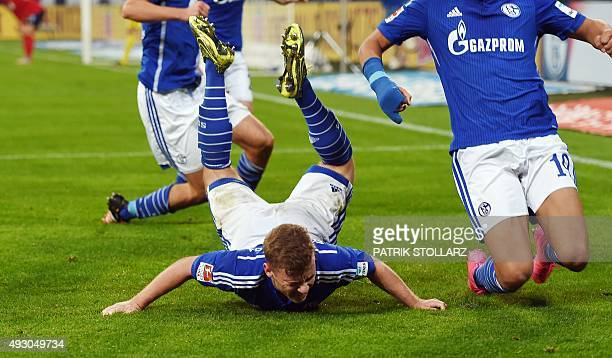 Schalke's midfielder Max Meyer celebrates during the German first division Bundesliga football match FC Schalke 04 vs Hertha BSC Berlin in...