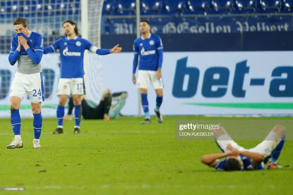 FBL-GER-BUNDESLIGA-SCHALKE-COLOGNE : News Photo