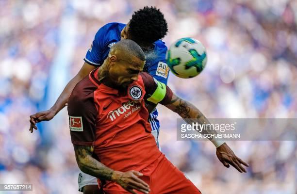 TOPSHOT Schalke's US midfielder Weston McKennie and Frankfurt's Ghanaian midfielder KevinPrince Boateng vie for the ball during the German first...