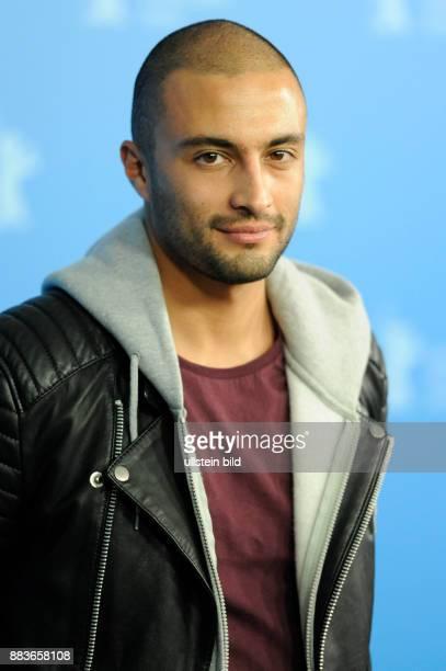 Schauspieler Amir Jadidi während des Photocalls zum Film A DRAGON ARRIVES anlässlich der 66 Internationalen Filmfestspiele Berlin