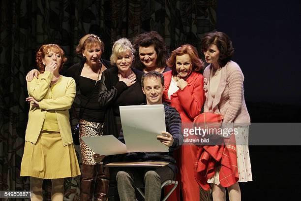 Schauspieler Anne Kasprik als Cora Brigitte Grothum als Jessie Sylvia Wintergruen als Celia Manon Strache als Ruth Marijam Agischewa als Annie Sabine...