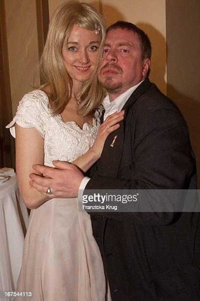 Schauspieler Armin Rohde Und Ehefrau Angela Bei Der Verleihung Der Goldenen Kamera