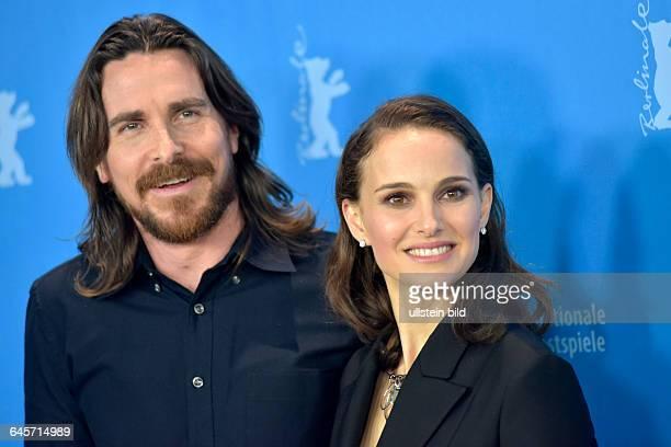 Schauspieler Christan Bale mit Schauspielerin Natalie Portaman während des Photocalls zum Film -KNIGHT OF CUPS- anlässlich der 65. Internationalen...