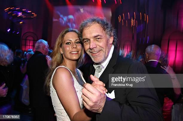 Schauspieler Christian Kohlund Und Tochter Francesca Beim Deutschen Opernball In Der Alten Oper In Frankfurt Am 250206