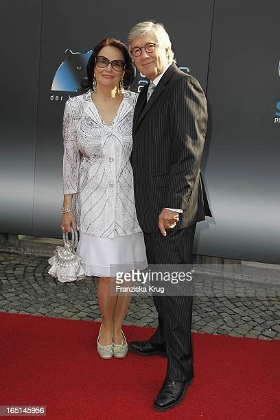 Schauspieler Christian Wolff Und Ehefrau Marina Bei Der Verleihung Des Bayerischen Fernsehpreises Im Prinzregententheater In München