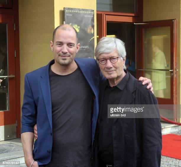 Schauspieler Christian Wolff und Sohn Patrick aufgenommen bei der Premiere des Films Treppe Aufwärts im Kino Babylon in Berlin Mitte