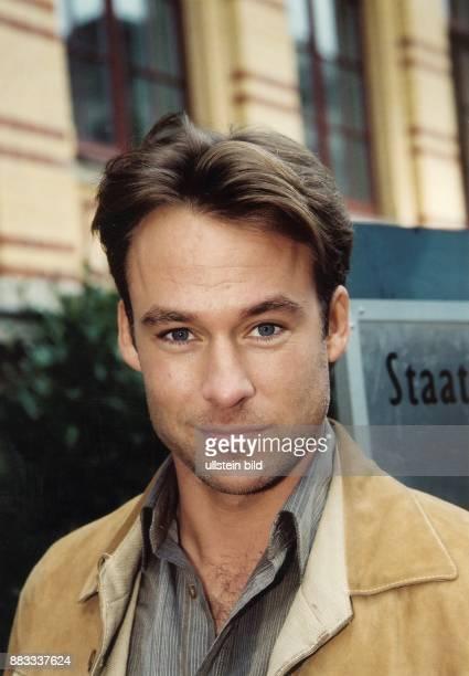 Schauspieler D Porträt 2002