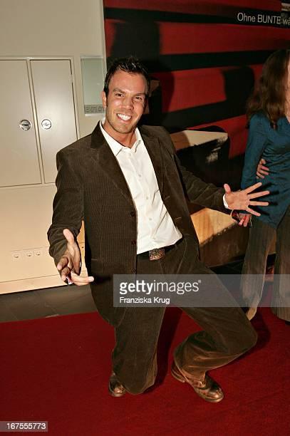 Schauspieler Dominic Boeer Bei Der Verleihung Des New Faces Award Im Bcc In Berlin Am 170604