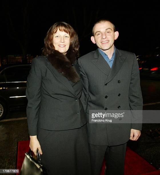 Schauspieler Dominique Horwitz Ehefrau Patricia Bei Gala Vip Lounge In Hamburg