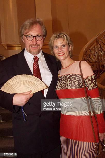 """Schauspieler - Ehepaar Felix Von Manteuffel + Leslie Malton Bei Der Verleihung Des """"Deutschen Filmpreis`99"""""""