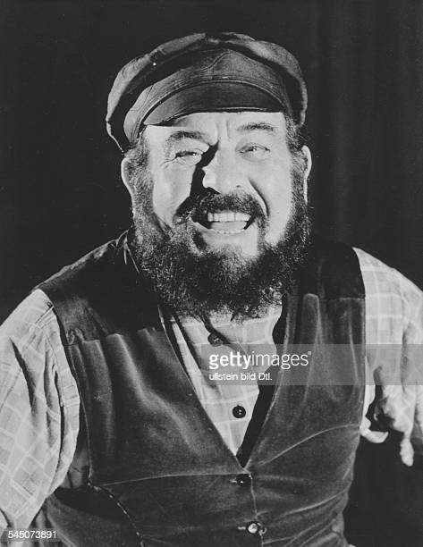 Schauspieler IsraelRollenporträt als Milchmann 'Tewje' in dem Musical 'Anatevka' vermutl 1960er Jahre
