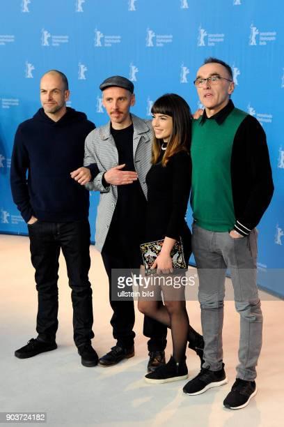 Schauspieler Jonny Lee Miller Ewan Bremner Schauspielerin Anjela Nedyalkova und Regisseur Danny Boyle beim Photo Call zum Film TRAINSPOTTING...