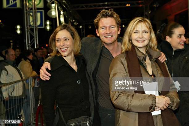 """Karin C. Tietze, Philipp Moog Und Katharina Schubert Bei Der """"Derrick"""" Premiere Im Gloria Kino In München Am 250304"""