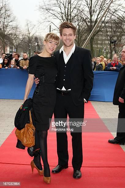 Schauspieler Ken Duken Und Ehefrau Marisa Bei Der Verleihung Des 44 Adolf Grimme Preis Im Theater In Marl Am 040408