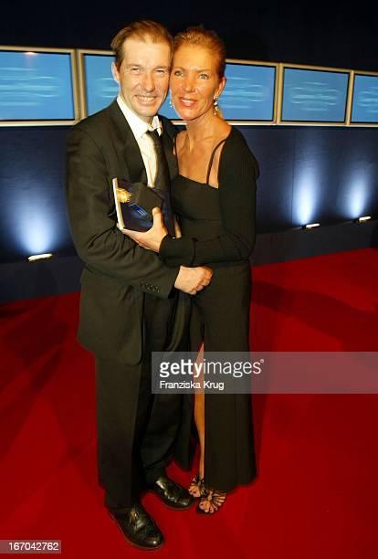 Schauspieler Michael Lesch Ehefrau Und Managerin Christina Keiler Lesch Bei Der Bambi Party Die Preisträger Feiern Bei Der Aftershow Party
