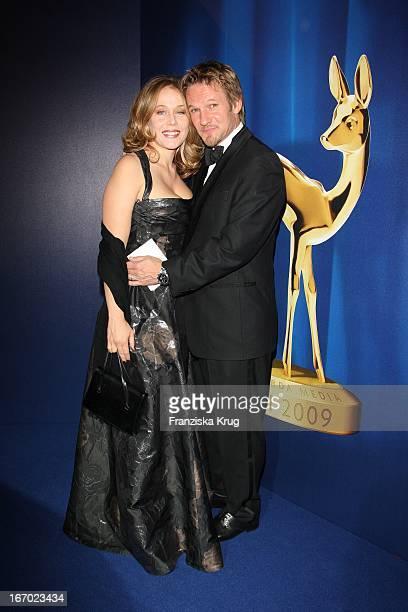Schauspieler Thure Riefenstein Und Freundin Schauspielerin Patricia Lueger Bei Der 61 Bambi Verleihung In Der Metropolishalle Des Filmparks...