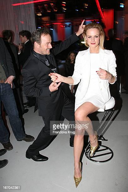 Schauspieler Till Demtröder Und Schauspielerin Anja Nejarri Bei Der Verleihung Des 'Studio Hamburg Nachwuchspreises 2007' Im Studio Hamburg Am 200407...