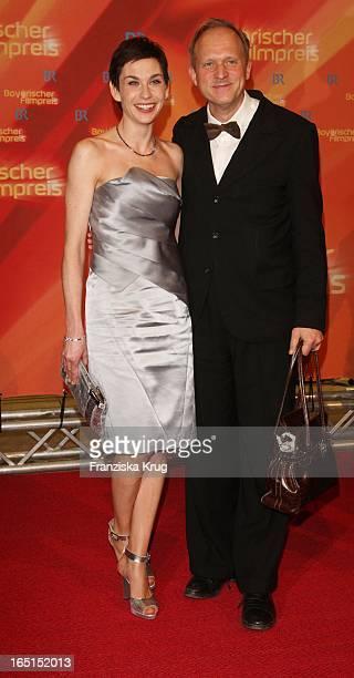Schauspieler Ulrich Tukur Und Schauspielerin Christiane Paul Bei Der 30 Verleihung Des Bayerischen Filmpreis Im Cuvillies Theater In München Am 160109
