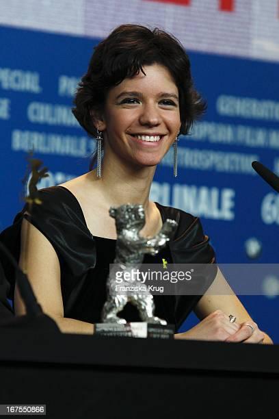 Schauspielerin Ada Condeescu Auf Der Pressekonferenz Der Gewinner Der 60 Berlinale 2010 Im Hotel Hyatt In Berlin Am 20022010