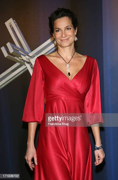 Schauspielerin Alexandra Kamp Bei Der Verleihung Des Felix Burda Award Im Hotel Ritz Carlton In Berlin Am 280307