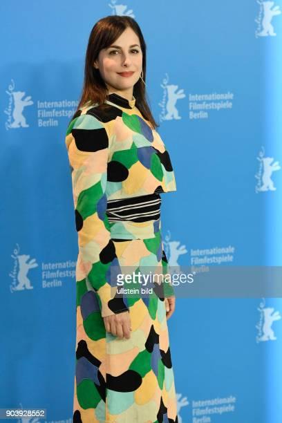 Schauspielerin Amira Casar während des Photocalls zum Film CALL ME BY YOUR NAME anlässlich der 67 Berlinale